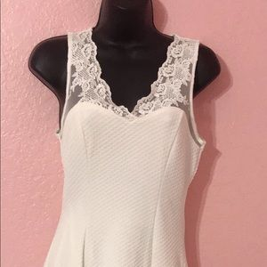 Monteau Dresses - White stretchy dress